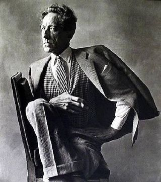 Jean_cocteau_1949_by_irving_penn_tirage_
