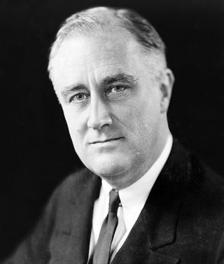509px-FDR_in_1933