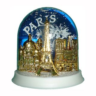 Boule-de-neige-paris-monuments